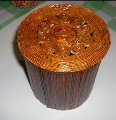 Коробочка из бумажных трубочек