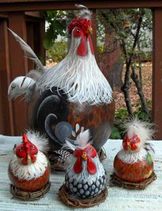 These are so cool!!  I want!!  Rooster Gourds