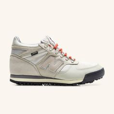 New Balance x Norse Projects - HLRAINBE Sneaks - sand
