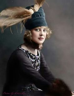 Justine Johnstone (1893-1982) - American stage and silent screen movie actress