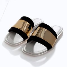 ZARA - Leather sandals with metal detail Spring Sandals, Summer Shoes, Zara Sandals, Shoes Sandals, Chloe, Zara New, Zara Women, Buy Shoes, Shoe Brands
