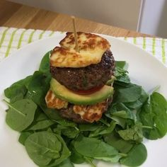 BOSH It's burger time Are these low-carb spicy homemade burgers a bit of you? INGREDIENTS: Extra lean mince Fresh chilli Spring onion Crushed garlic Fresh parsley Egg Salt and pepper @lucybeecoconut Hallumi cheese Spinach Avocado Tomato #burgerme #burger #leanin15 #foodporn #foodie #food #instafood #instagood #instagram #nutrition #exercise #workout