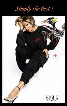 #Sensy http://vine.co/v/bdA5KYHgeYV ermuntert #Tina zum #Comeback http://www.welt.de/newsticker/leute/stars/article114380230/Tina-Turner-wagt-visuelles-Comeback.html Pure #Lebensfreude #Covershooting der #Vogue-D http://www.vogue.de/people-kultur/people-news/modestrecke-tina Click auf's Bild #simply_the_best und keine #Angst_vorm_Alter #pieps_mich_anzum kostenfreien Erstgespräch 08822 25 40 10 isense4U bei…