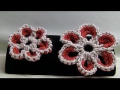 Youtube video on crocheting large flowers. Fun for hats or hair for little girls