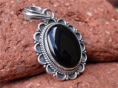 BLACK ONYX HANDCRAFTED 925 SILVER PENDANT SILVERANDSOUL JEWELLERY