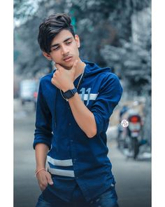 Photo Poses For Boy, Boy Poses, Cute Girl Poses, Cute Indian Boys, Cute Couples Photography, Art Photography, Photoshoot Pose Boy, Photo Background Images Hd, Pics For Dp