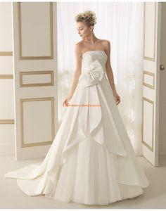 Wunderschöne trägerlose  A-linie Brautkleider mit Schleife 143 EPOCA | luna novias 2014