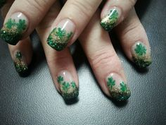St Patrick's Day nails Green Nail Polish, Green Nails, St Patricks Day Nails, Cool Nail Designs, Nail Ideas, Hair Makeup, Hair Beauty, Valentines, Candy
