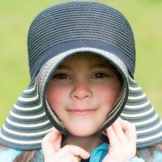 Photo And Video, Portrait, Hats, Videos, Instagram, Headshot Photography, Hat, Video Clip, Portraits