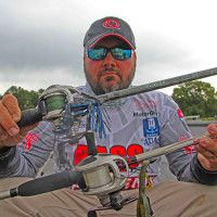How to Choose Between Jigs and Texas Rigs for Bass Fishing