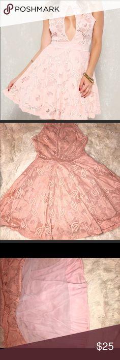 🎉FLASH SALE 🎉PINK A LINE DRESS Pink embroider crochet mock sleeveless dress! Never worn. NWOT Dresses