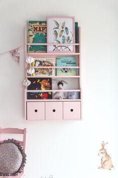 books shelf for kids