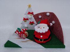 クリスマス Christmas Ornaments, Holiday Decor, Home Decor, Homemade Home Decor, Christmas Jewelry, Christmas Ornament, Interior Design, Christmas Baubles, Home Interiors