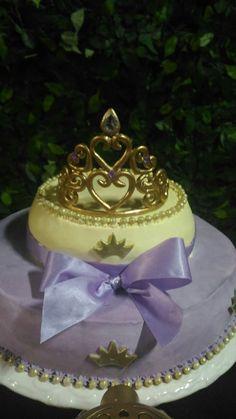 Coroa de biscuit para topo de bolo