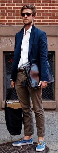 Navy Linen Blazer, Olive Green Chinos, and Carryall. Men's Spring Summer Fashion.
