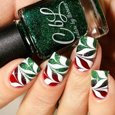 CbL Christmas watermarble using Devilish (Winter 2015 Jellies Crellies) and Tree Of Lights (Winter 2015 collection). Then did a watermarble over it using In The Name Of Polish Klearly Marbles and Sally Hansen White On. Nail art by Holiday Nail Art, Christmas Nail Art Designs, Holiday Makeup, Fingernail Designs, Toe Nail Designs, Xmas Nails, Christmas Nails, Black Christmas, Christmas Trees