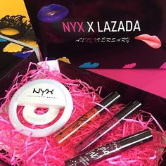 NYX ชวน Lazada จดโปรสดแซบฉลองครบรอบหนงป NYX Professional Makeup และ ฉลองครบรอบ 5 ปของ Lazada ดวย NYX x LAZADA BOX เซตลปสตกนองใหม NYX EPIC INK LIP DYE 3 แทง ในราคาเพยง 590 บาทเทานน แถมดวย Selfie Ring ขนาดพกพาทอนสดๆ ซง NYX จดมาใหเลอกถง 3 เซตดวยกน ทสำคญคอเซตนมจำนวนจำกดแค 555 ชนเทานน! เรมวางจำหนายในวนท 17 มนาคม 2560 ท NYX Official Shop in Lazada เทานน #nyxthailand #annyxversary #MontreePR  via ELLE THAILAND MAGAZINE OFFICIAL INSTAGRAM - Fashion Campaigns  Haute Couture  Advertising  Editorial…