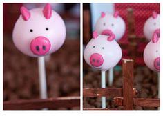 Wonderfully sweet little pink piggy cake pops. Cake Pops, Pig Party, Farm Party, Three Little Pigs, This Little Piggy, Peppa Pig, Piggy Cake, Lolly Buffet, Pig Roast