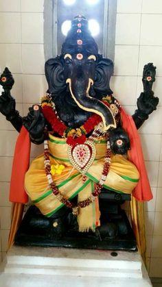 Ganesha Art, Lord Ganesha, Morning Greetings Quotes, Online Image Editor, Indian Gods, Gods And Goddesses, Glass Art, Festivals, Creative