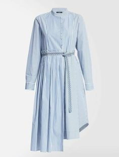 Experience Weekend Max Mara: shop the official Online Store and discover the latest Collections, news, fashion shows and special events. Muslim Fashion, Hijab Fashion, Fashion Dresses, Stylish Dress Designs, Designs For Dresses, Modest Dresses, Stylish Dresses, Max Mara, Mode Hijab