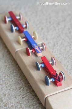 Manualidades con pinzas y botones, coches infantiles