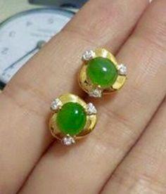 Wedding planning logo simple 51 ideas for 2019 Gold Jhumka Earrings, Gold Earrings Designs, Gold Jewellery Design, Stud Earrings, Bead Jewellery, Temple Jewellery, Necklace Designs, Ring Designs, Diamond Earrings