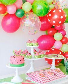 Festa com o tema Melancia! Que lindinha não acham? Imagem do Pinterest! #melancia #festainfantil ...