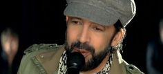 """¡Listos! ¡SOLO 2 DÍAS!  JUAN LUIS GUERRA """"Todo tiene su Hora"""" el sábado 17 de octubre de 2015 @8:30PM en el Coliseo de Puerto Rico.  Busca los detalles de la función del sábado 20 de febrero de 2016 en ➜ http://www.ticketpop.com/es/events/detail/juan-luis-guerra-todo-tiene-su-hora-1"""