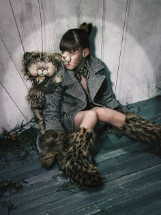 In the end, everything is a gag.: KIDS FASHION EDITORIALS