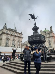 Louvre, Street View, London, Building, Travel, Voyage, Buildings, Viajes, Traveling