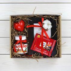 Ideas For Diy Geschenke Weihnachten Kleine Diy Gifts For Boyfriend, Birthday Gifts For Boyfriend, Christmas Gift Box, Holiday Gifts, Christmas Ideas, Nutella Gifts, Birthday Box, Birthday Presents, Diy For Men