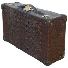 View this item and discover similar for sale at - A robust alligator suitcase, with beautifully figured skin and brass hardware. Vintage Suitcases, Vintage Luggage, Luggage Sale, Luxury Luggage, Rustic Industrial Decor, Preppy Men, Vintage Trunks, Carpet Bag, Leather Briefcase