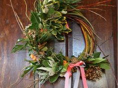 Willow Wreath, Grapevine Wreath, Christmas Date, Christmas Wreaths, Flower Farm, Dried Flowers, Grape Vines, Greenery, Floral Wreath