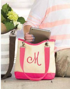 Canvas Crew Mini from Thirty-One Gifts 2016 Spring-Summer Collection (US) Various colors available. www.mythirtyone.com/meaganseymour