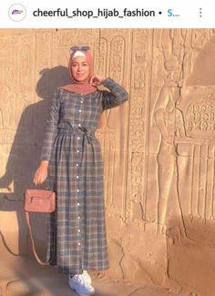 Modern Hijab Fashion, Hijab Fashion Inspiration, Muslim Fashion, Modest Fashion, Fashion Outfits, Trendy Dresses, Modest Dresses, Hijab Evening Dress, Hijab Style Dress