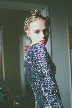 Oyster Fashion: 'Glitter' Shot by Erika Astrid | Fashion Magazine | News. Fashion. Beauty. Music. | oystermag.com