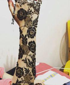 Roses &leaf henna design,, it's very attractive &suppperrrr gulf design, henna designs😍😍😍😍😍😍 Mehndi Designs Book, Stylish Mehndi Designs, Peacock Mehndi Designs, Dulhan Mehndi Designs, Mehndi Designs For Fingers, Wedding Mehndi Designs, Mehndi Design Pictures, Latest Mehndi Designs, Henna Tattoo Designs