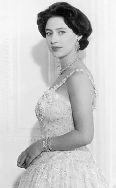 Princess Margaret, Countess of Snowdon, CIGCVO GCStJ (Margaret Rose; 21 August 1930 – 9 February was the younger daughter of King George VI and Queen Elizabeth and the only sibling of Queen Elizabeth II. Royal Princess, Princess Diana, Princess Margaret Young, Royal Life, Royal House, George Vi, Duke And Duchess, Duchess Of Cambridge, Prinz Philip