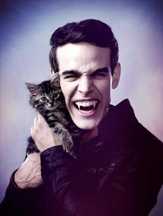 Simon don't eat the damn cat
