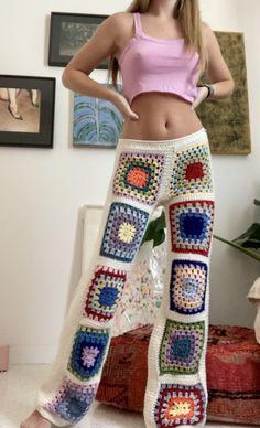 Crochet Pants, Crochet Clothes, Hand Crochet, Diy Clothes, Knit Crochet, Crochet Shorts Pattern, Crotchet Dress, Crochet Crop Top, Crochet Bikini
