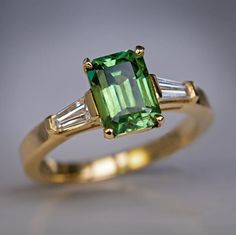 Russian 1.91 ct demantoid ring