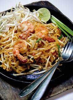 Pad Thai (Thai dish)