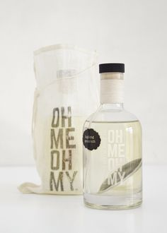 Oh Me Oh My Body Oil on Packaging of the World - Creative Package Design Gallery