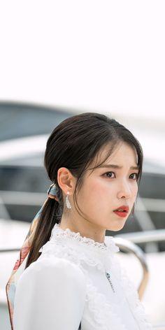 Goblin Korean Drama, Luna Fashion, Warner Music, Mode Kpop, Pretty Korean Girls, Korean Actresses, Korean Celebrities, Female Singers, Ulzzang Girl