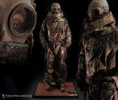 Silent-Hill-Movie-Costume-Mannequin-Display-web3.jpg 933×792 pixels