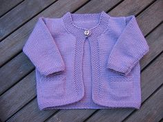 Craft Passions: Cardigan with Moss Stitch Edging..# free #knitting...