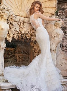 Tara-Keely-wedding-dress-Reeta-feature