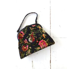 1960s extra large Garay floral velvet tapestry purse