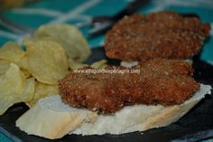 Os confieso que nunca había comido filetes rusos, y eso que lo había visto en muchos lugares al ser un clásico de la cocina española. Ha...