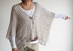 Ravelry: Shaina pattern by Yumiko Alexander Hand Knitting, Knitting Patterns, Crochet Patterns, Knitting Scarves, Knitted Cape, Mori Fashion, Knit Wrap, Knit Fashion, Shrug Sweater